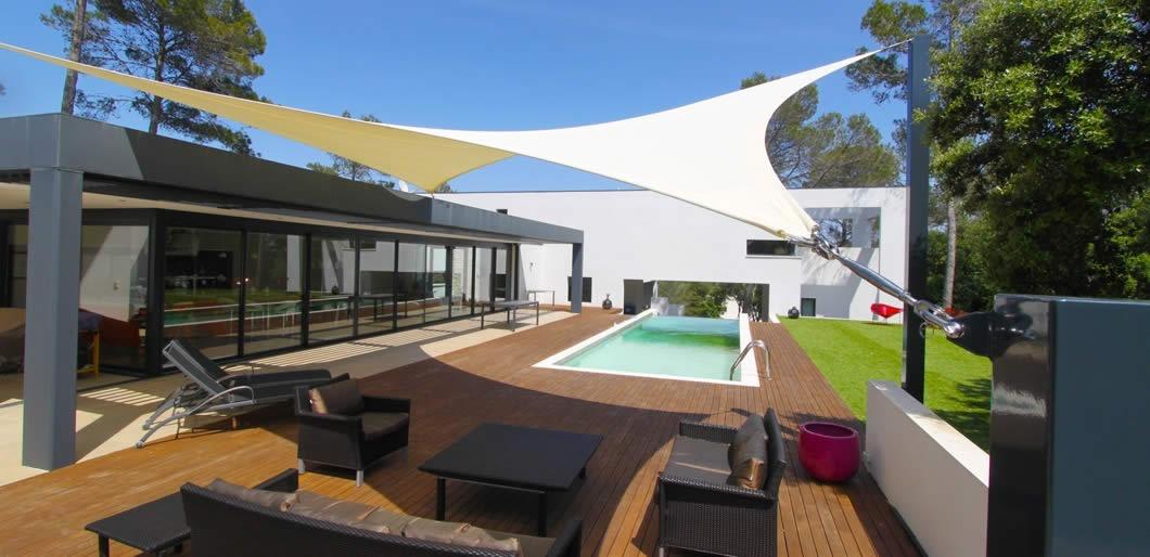 voile ombrage lyon sp cialiste des voiles d 39 ombrage. Black Bedroom Furniture Sets. Home Design Ideas
