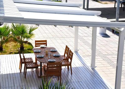 ALLIGASTORE-CONTEMPORAINE-pergola-3-pieds....