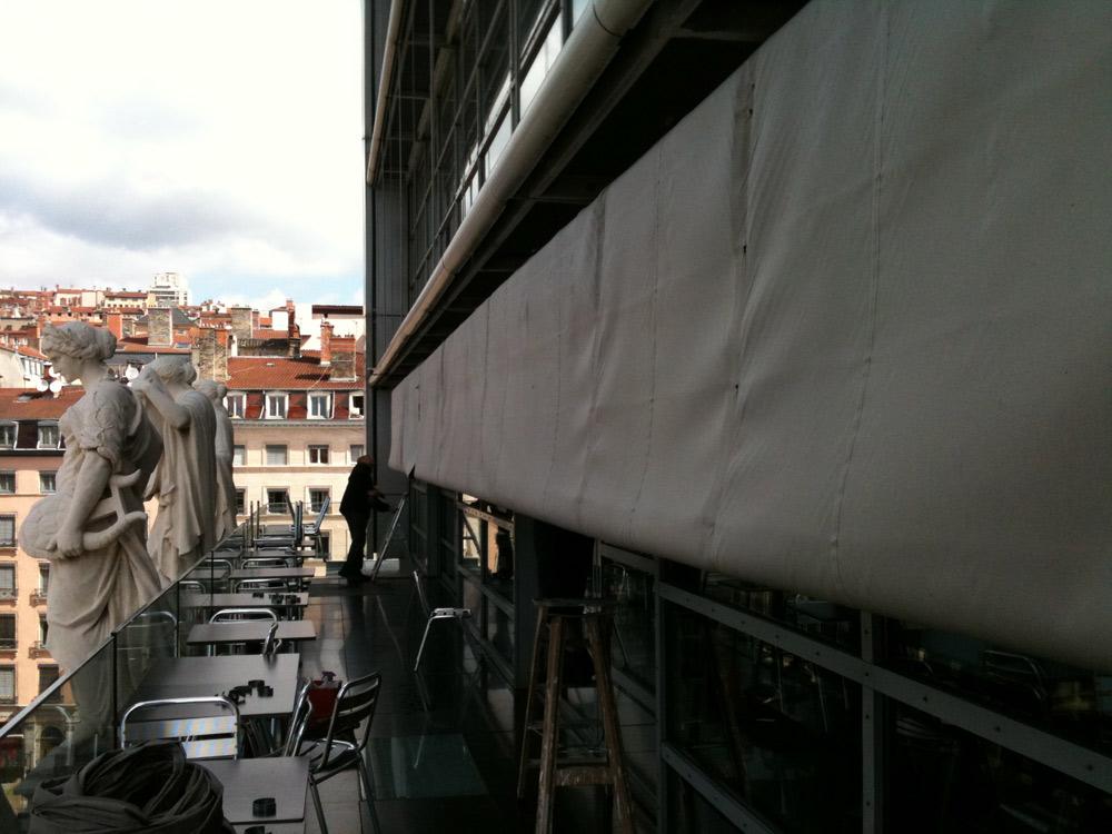 Rentoilage store banne Opéra
