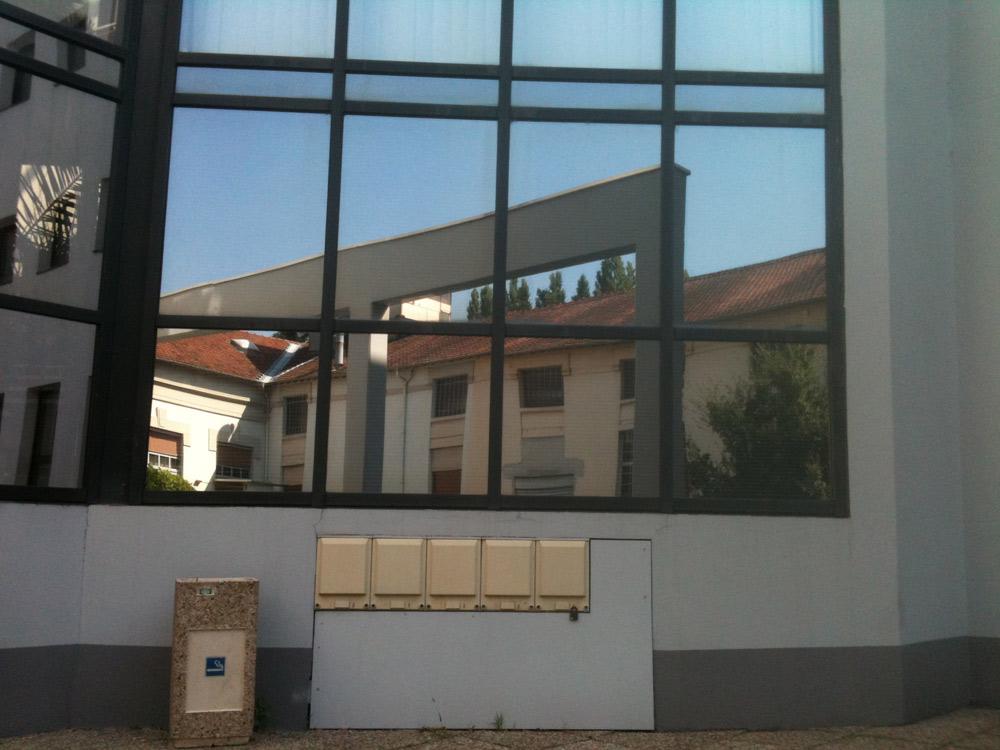 Chantier pose films solaires extérieurs Insavalor VILLEURBANNE